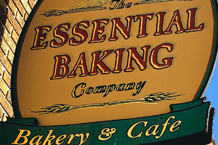 Essential Baking Cafes
