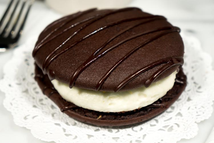 Chocolate-Whoopie-Pie-Fork (1 of 1)
