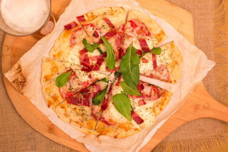 Pizza-Crust-Beauty-Regular4-WEB-1